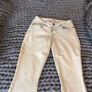 Light gray/cream pacsun skinny jeans